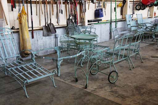 Vintage metal furniture Reclaimed All Of The Metal Furniture Pedlars Repainting My Outdoor Metal Furniture The Martha Stewart Blog